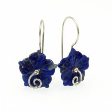Lápisz lazuli virág fülbevaló