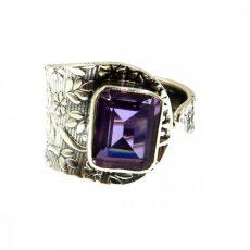Egyedi Alexandrit gyűrű