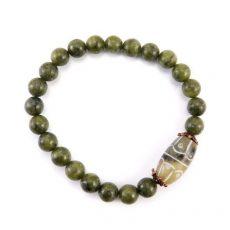 Jade gumis karkötő