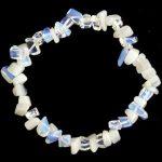 Opalit  splitter szemcse karkötő
