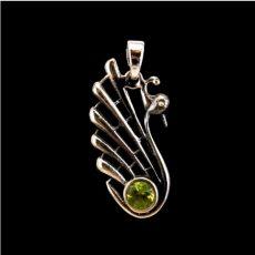 Peridot (olivin) köves medál