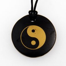 Shungit / Sungit  medál jin-jang szimbólummal