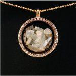Üveg szelence holdkő ásványokkal