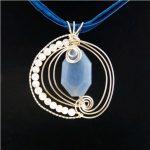 Egyedi angelit - holdkő kézműves medál #103