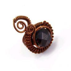 Gránát gyűrű, antikolt réz foglalatban #105