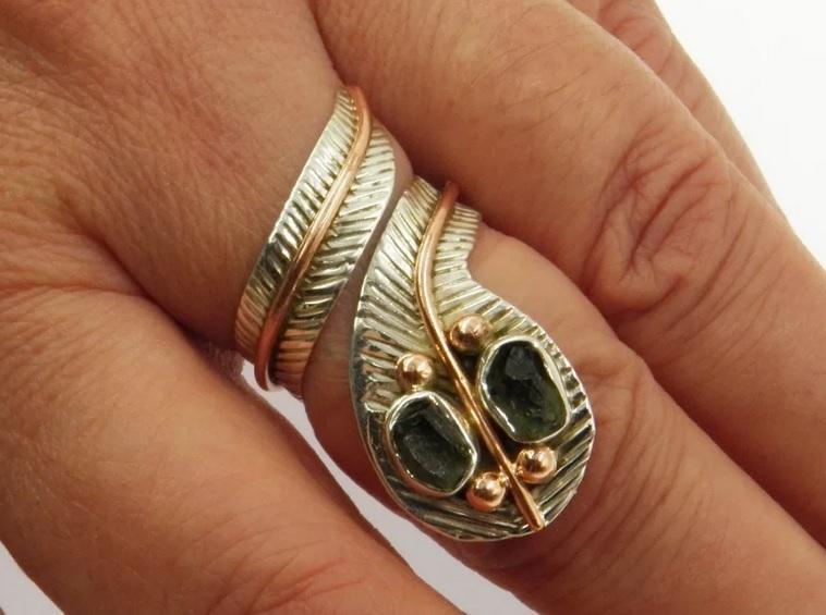 befoglalt köves gyűrűk